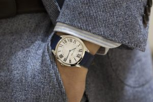 The simple replica Drive De Cartier watches have silver-plated dials.