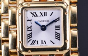 The 18k gold copy watches have silver-plated dials.