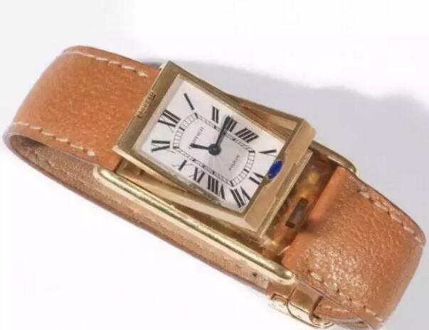 The Cartier Tank Basculante is artistic and special.
