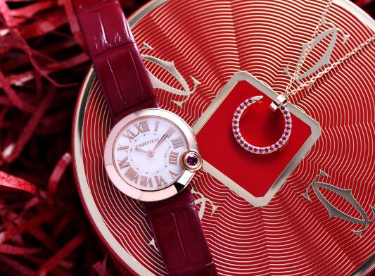With rose gold and red tone, this Cartier looks passionate.